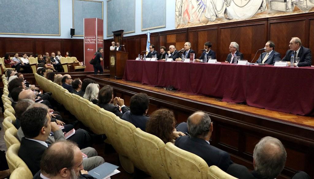 Comenzó el debate sobre el ante proyecto del Código Penal