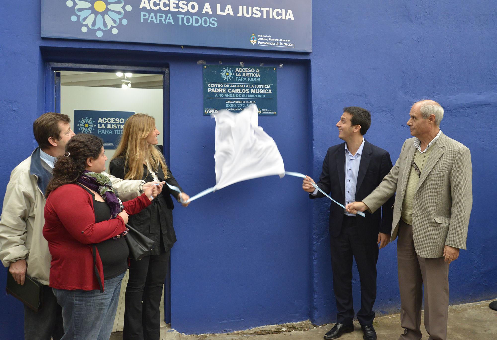 """En Lanús, el Ministerio inauguró el Centro de Acceso a la Justica """"Padre Carlos Mugica""""."""