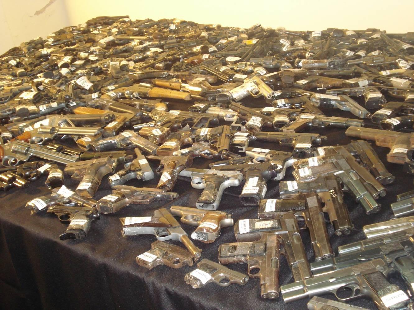 El Registro Nacional de Armas incautó 75 armas y más de 190 mil municiones