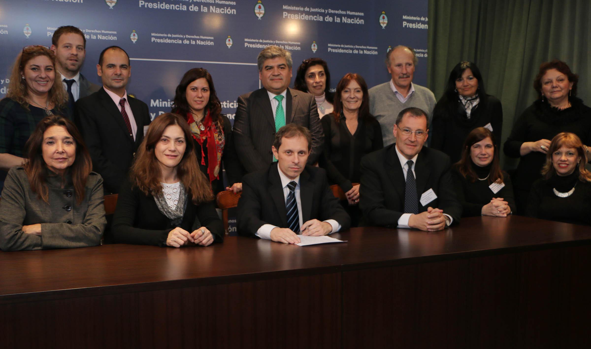 La Dirección Nacional del Registro Único de Aspirantes a Guarda con Fines Adoptivos (DNRUA) se reunió con los representantes provinciales en cuestiones de infancia y niñez