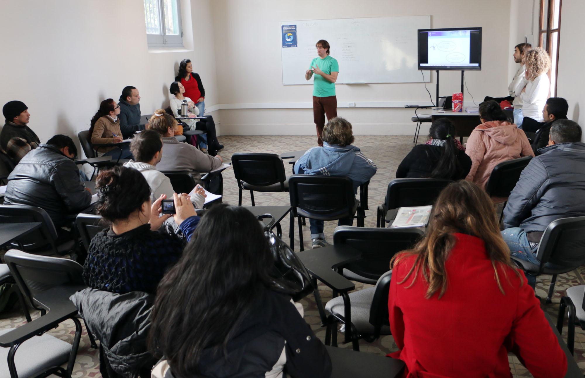 Readaptación Social continúa con la formación profesional para personas que recuperaron su libertad
