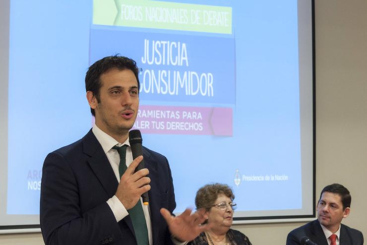"""Julián Alvarez: """"Estamos del lado de los consumidores"""""""