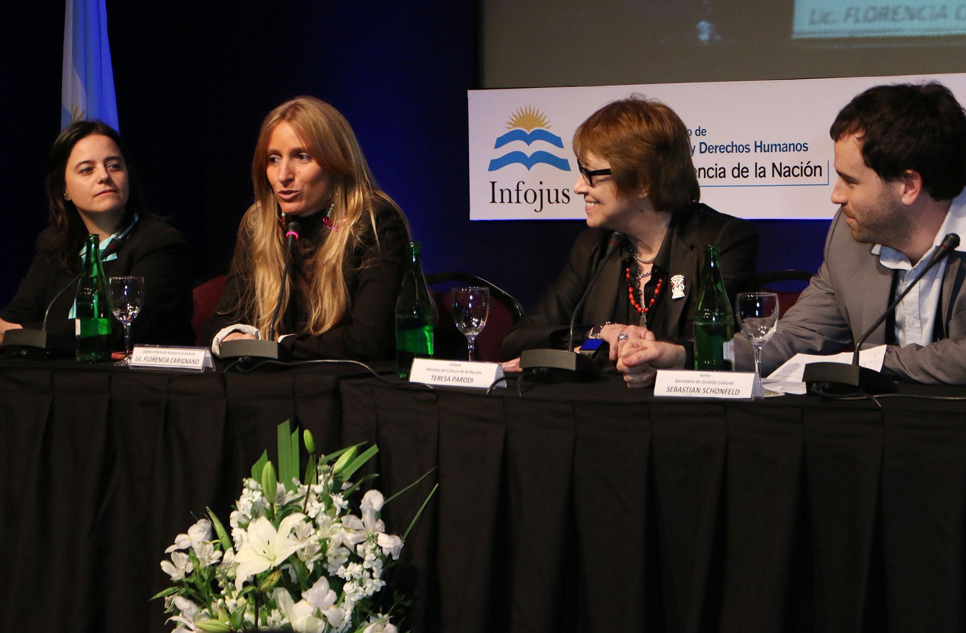 El Ministerio de Justicia colaborará con el de Cultura en la digitalización de bibliotecas