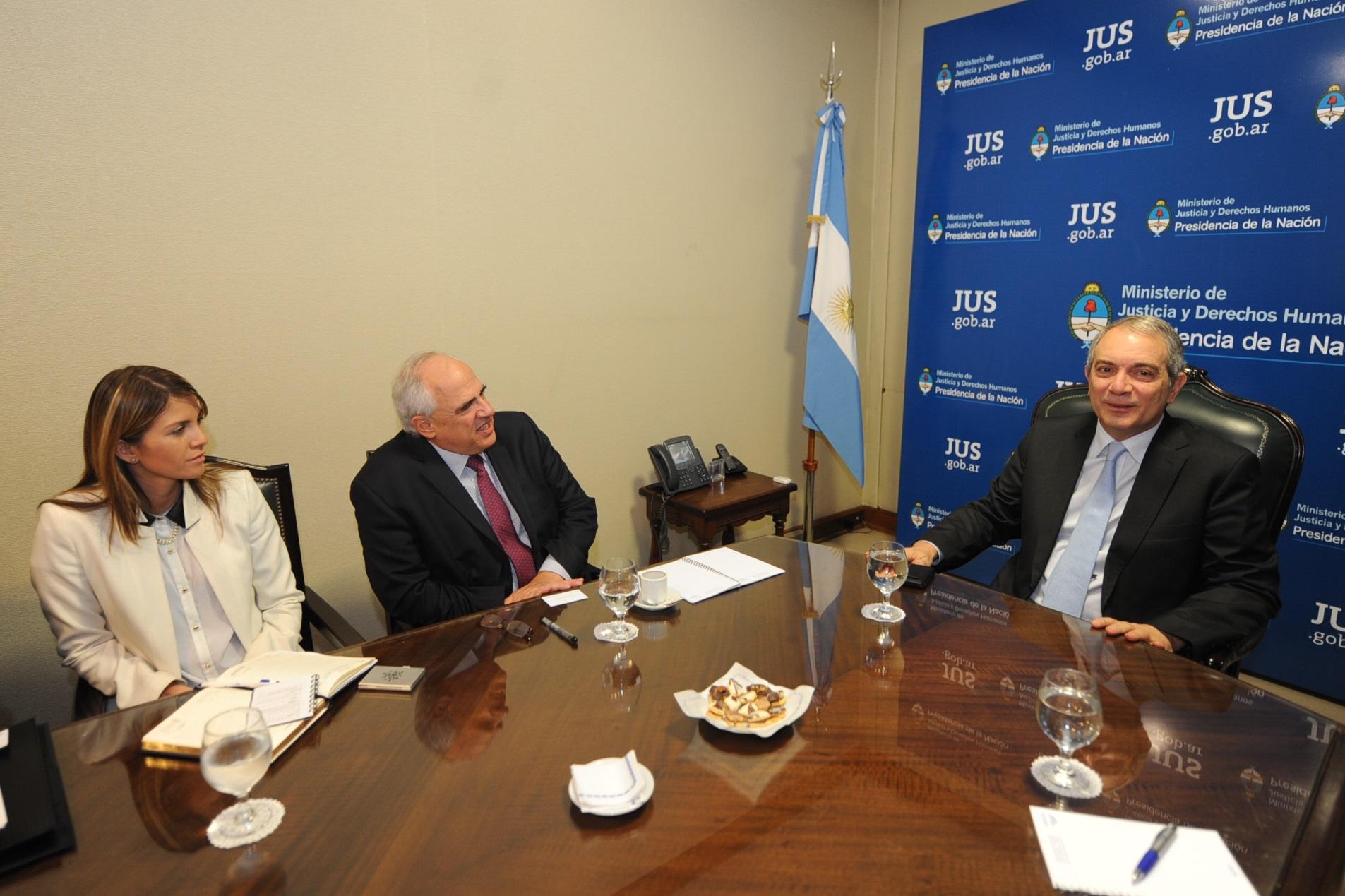 Julio Alak recibió al Secretario General de la UNASUR