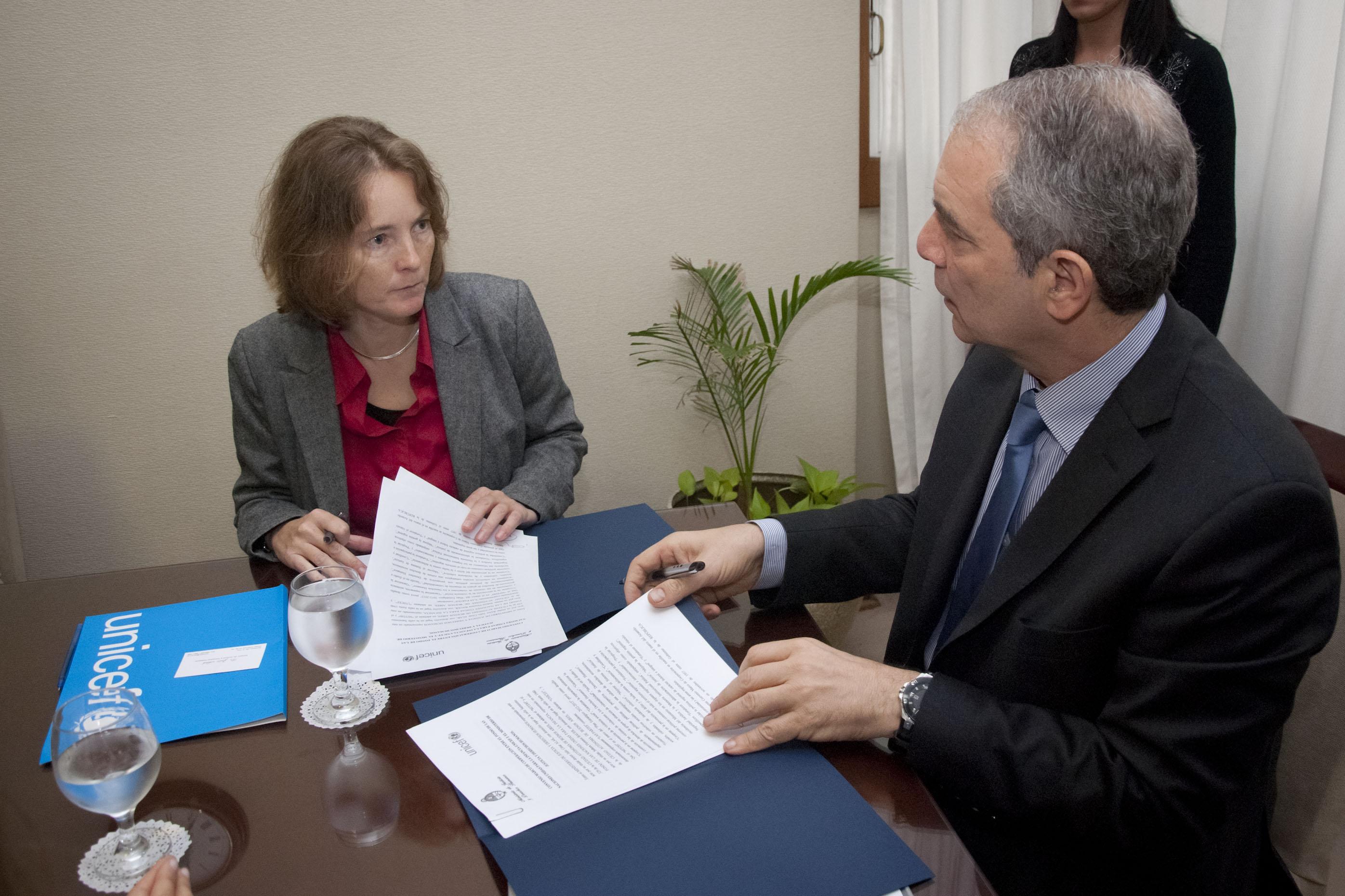 El Ministerio de Justicia coordinará con UNICEF acciones de prevención contra la violencia, el abuso y la explotación infantil