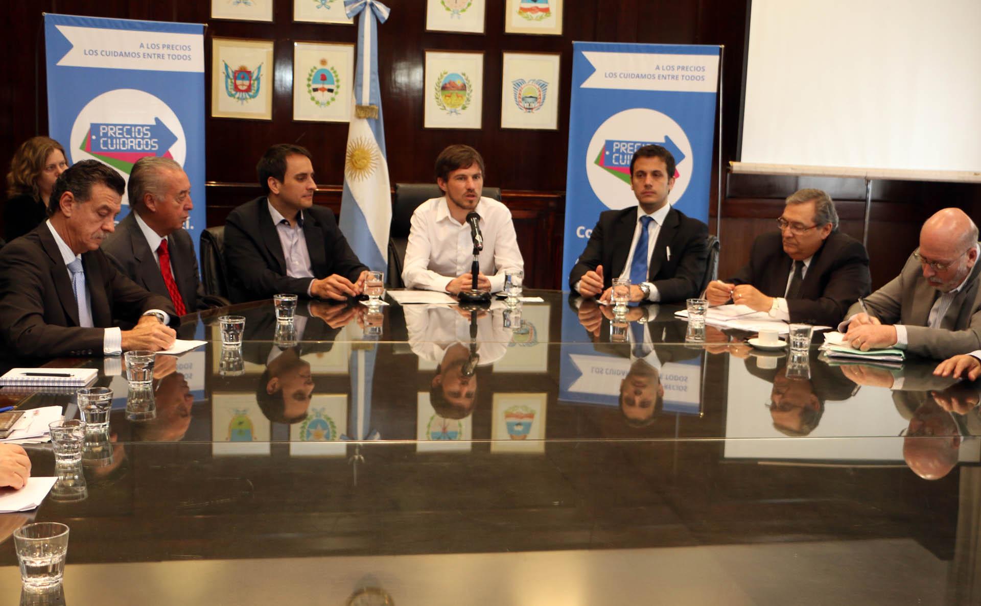 Alvarez aseguró que la nueva Justicia del Consumidor funcionará a partir de febrero de 2015