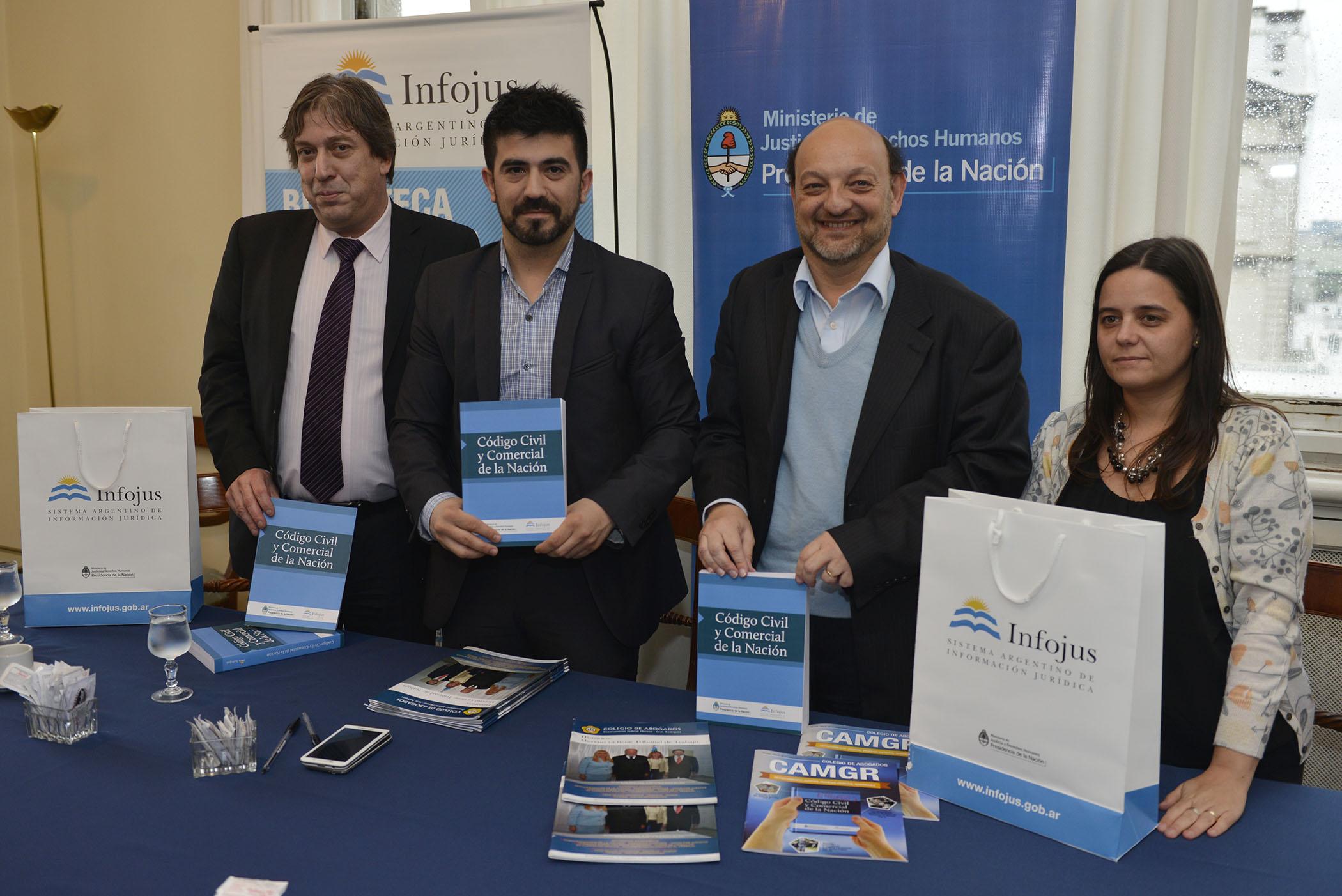 Firma de convenios con dos Colegios de Abogados para fortalecer el acceso a la información jurídica