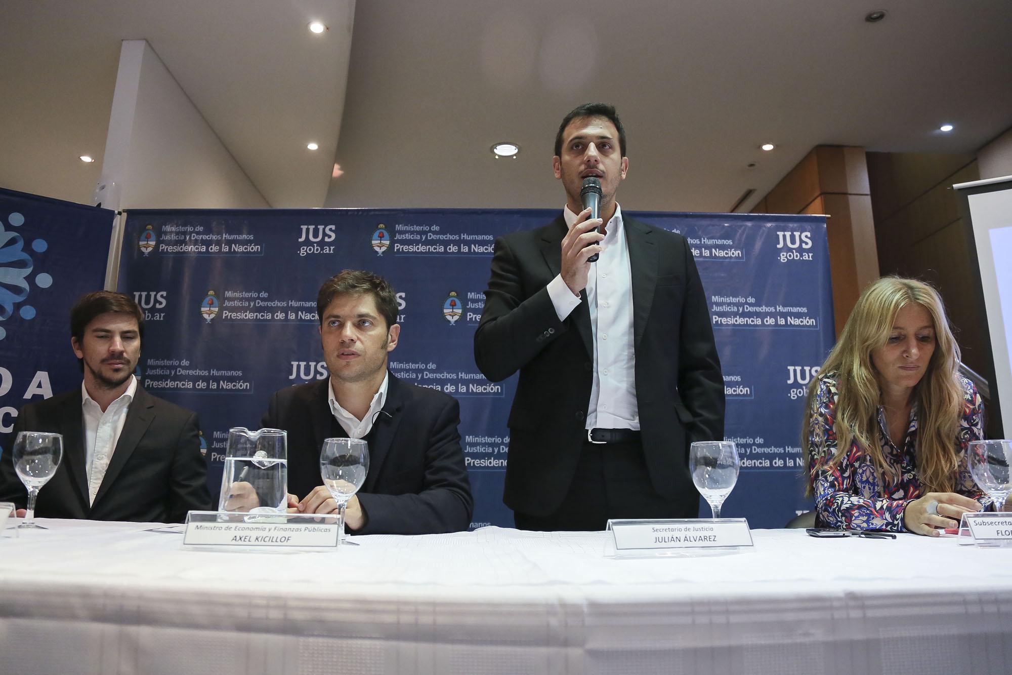 El Ministerio de Justicia asesorará a los ex empleados de YPF
