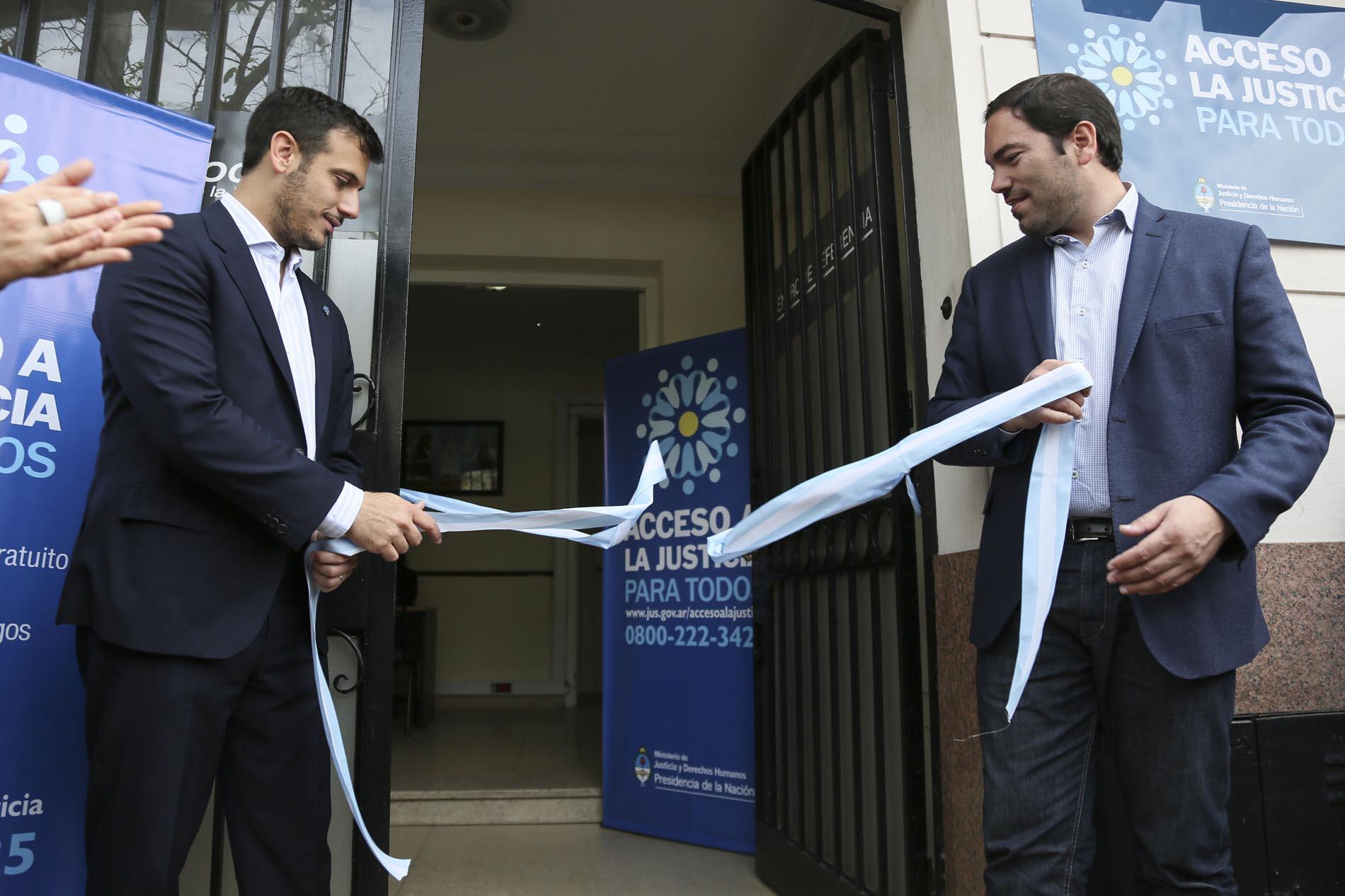 Álvarez y Molle inauguraron un Centro de Acceso a la Justicia en San Fernando