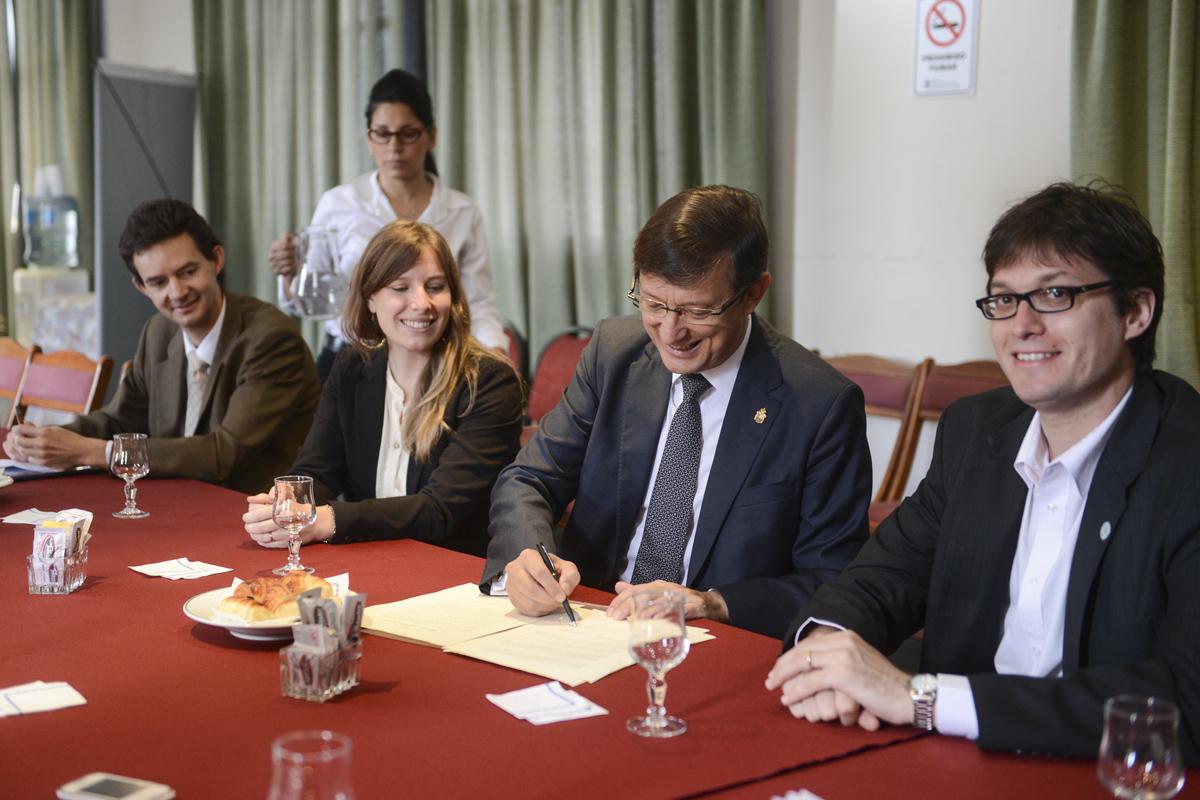 INFOJUS firmó convenio con el Consejo General de la Abogacía Española