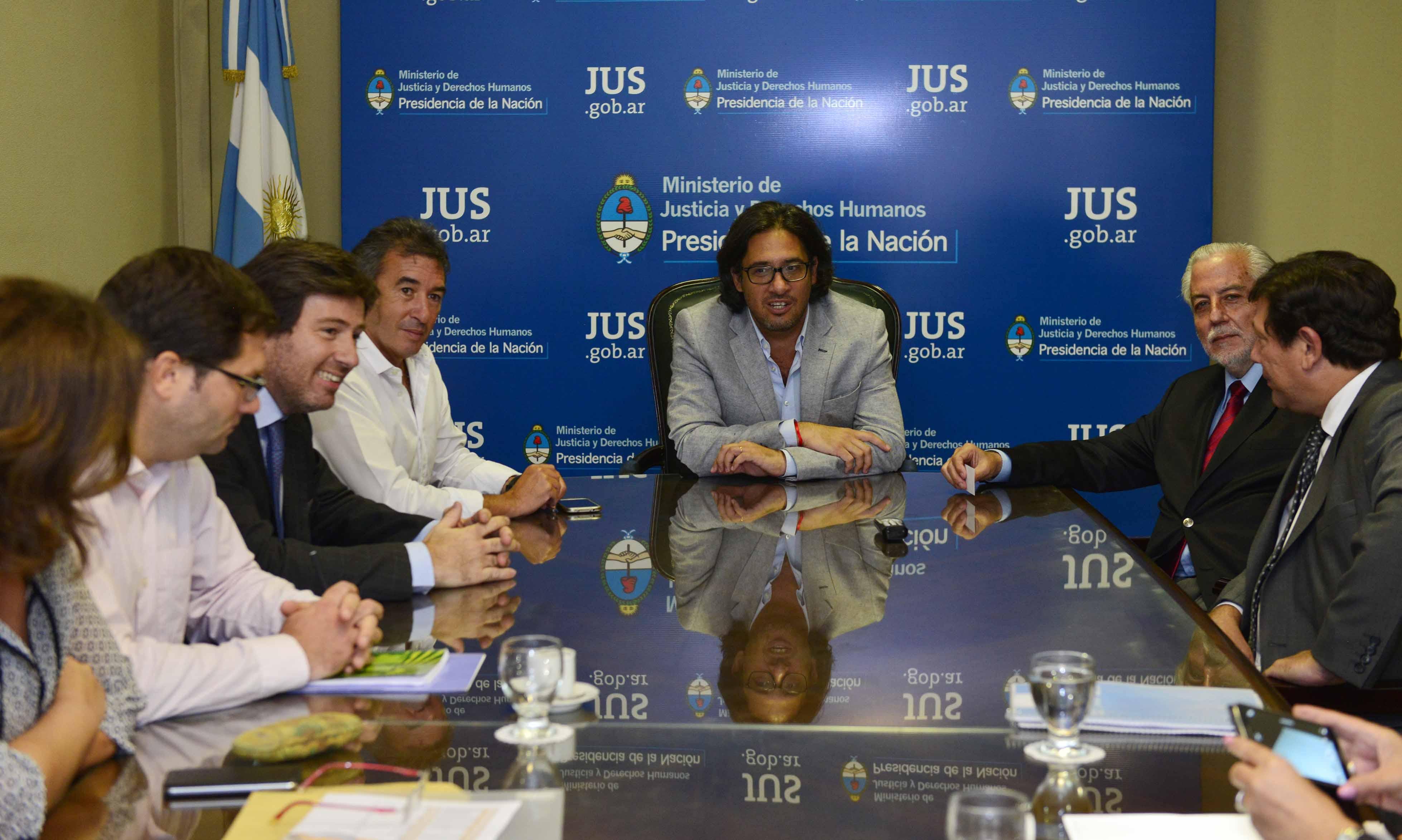Reunión de coordinación con el ministro de Córdoba