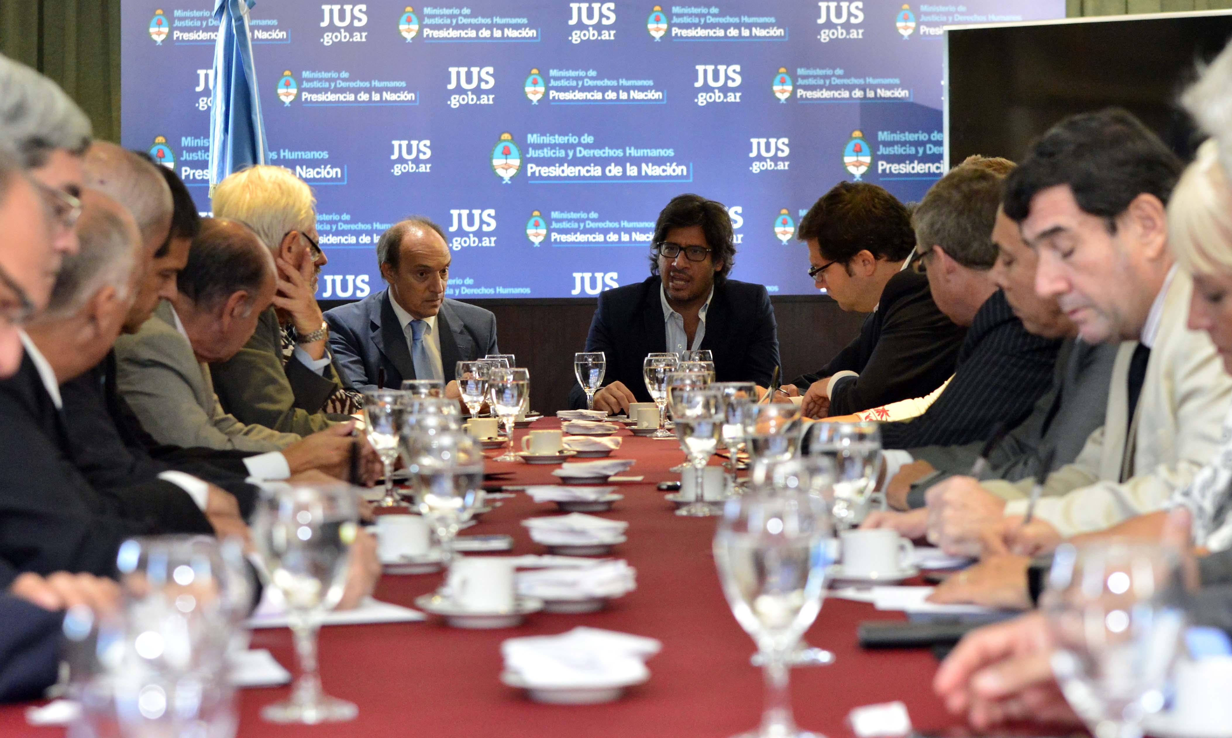 El Ministro se reunió con procuradores, fiscales, defensores y asesores generales