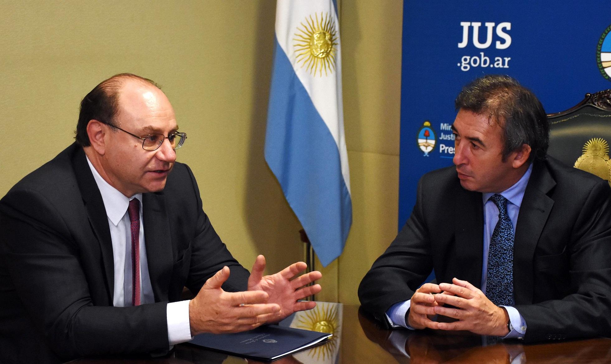 Otamendi y Piedecasas firmaron convenio sobre mejoras edilicias en el Poder Judicial