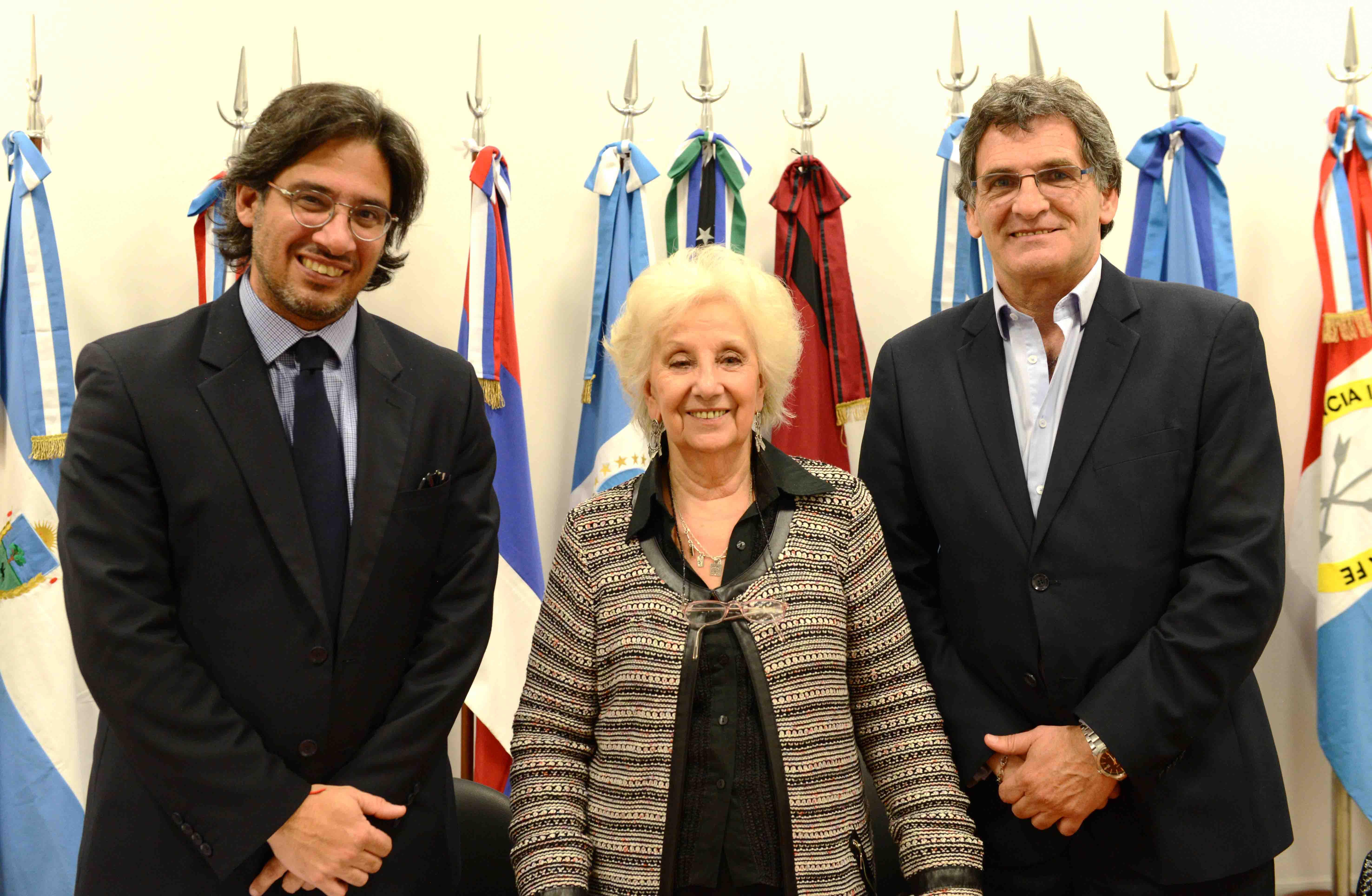 El Ministerio de Justicia celebró un convenio con Abuelas de Plaza de Mayo