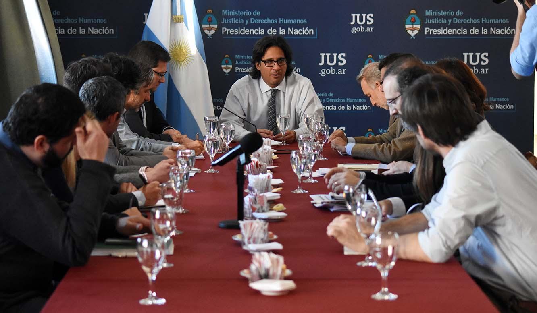 Código Procesal Penal Federal: Garavano analizó la implementación con ONG