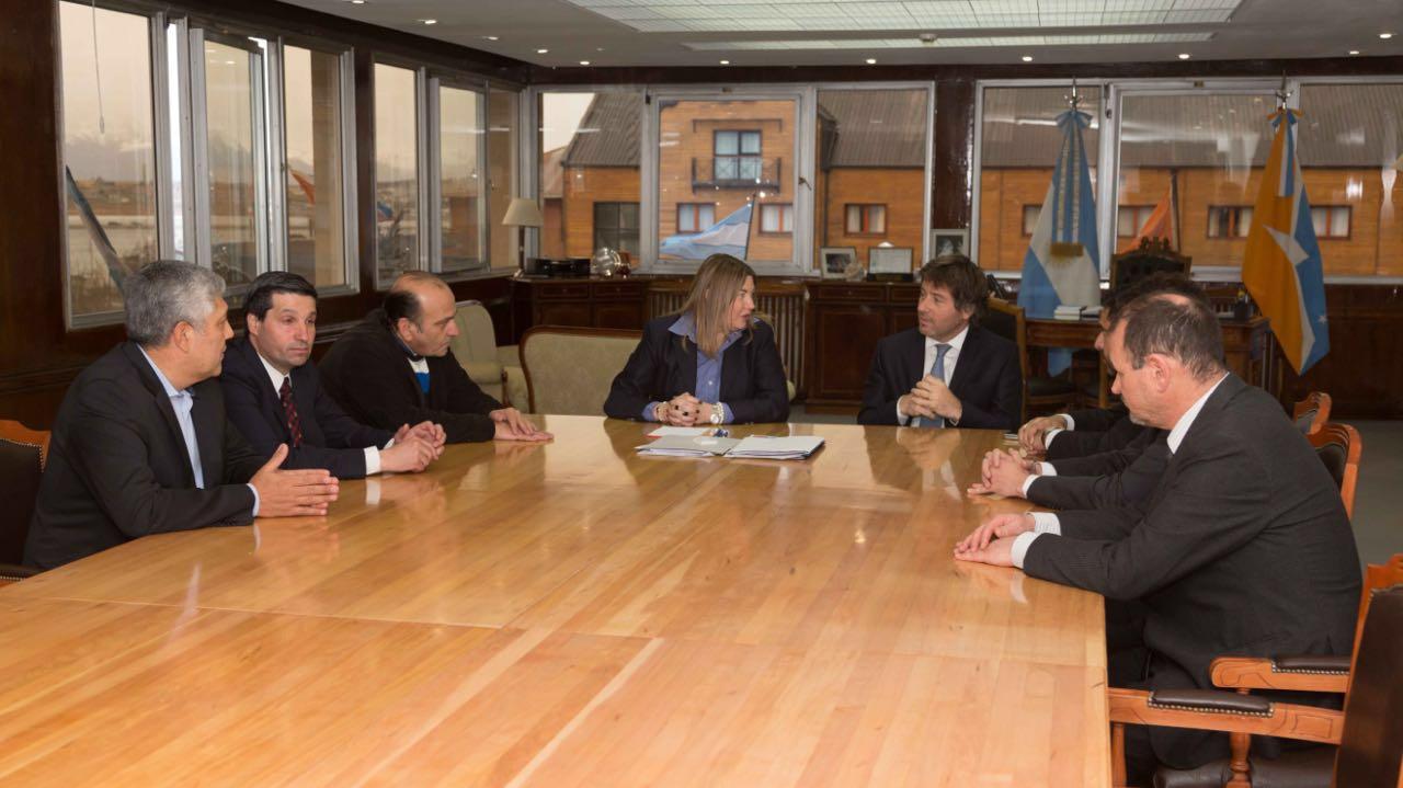 Convenio para la aplicación del Programa de Asistencia de Personas Bajo Vigilancia Electrónica en Tierra Del Fuego
