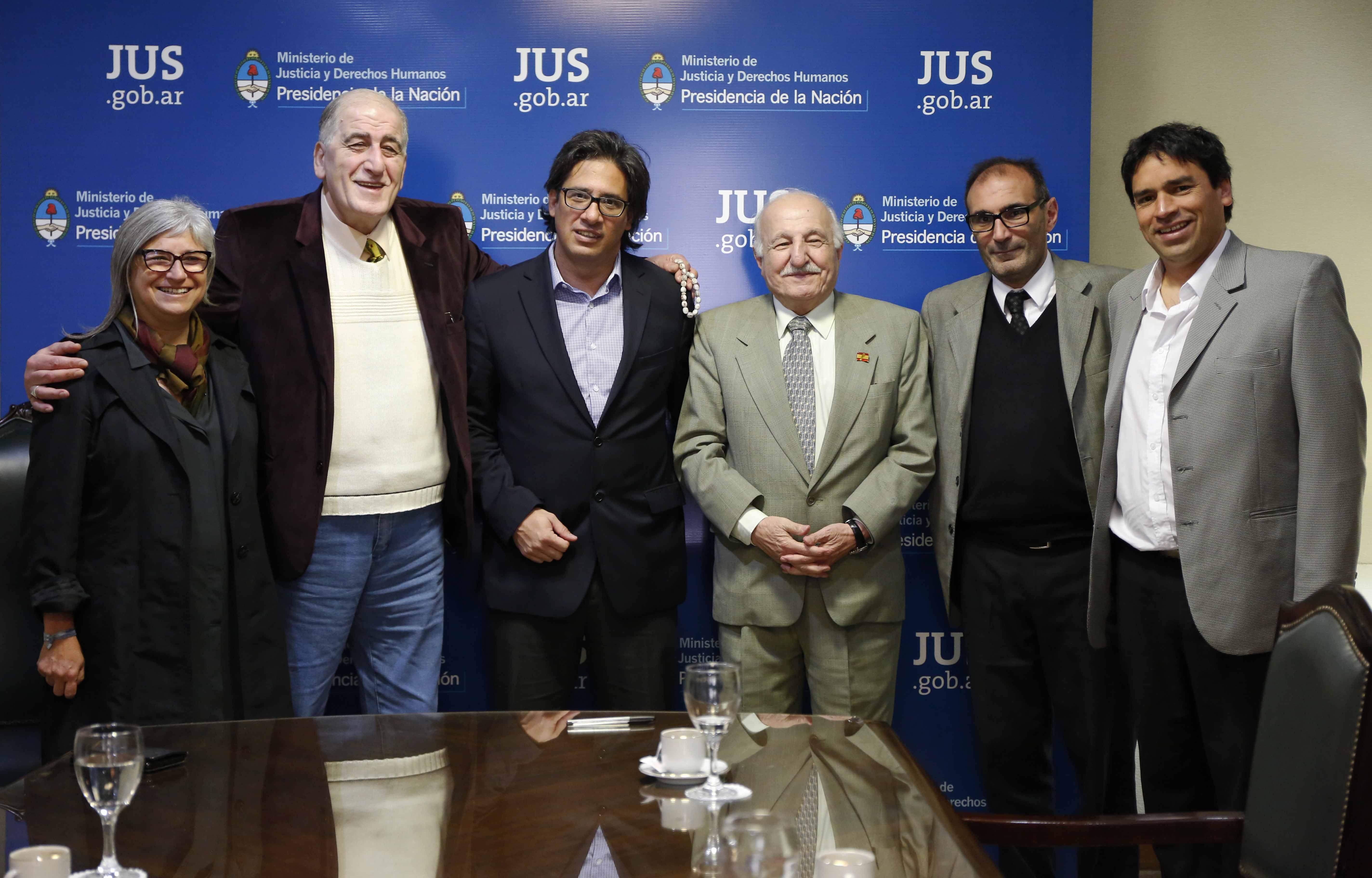 Garavano recibió a representantes de la comunidad árabe islámica argentina