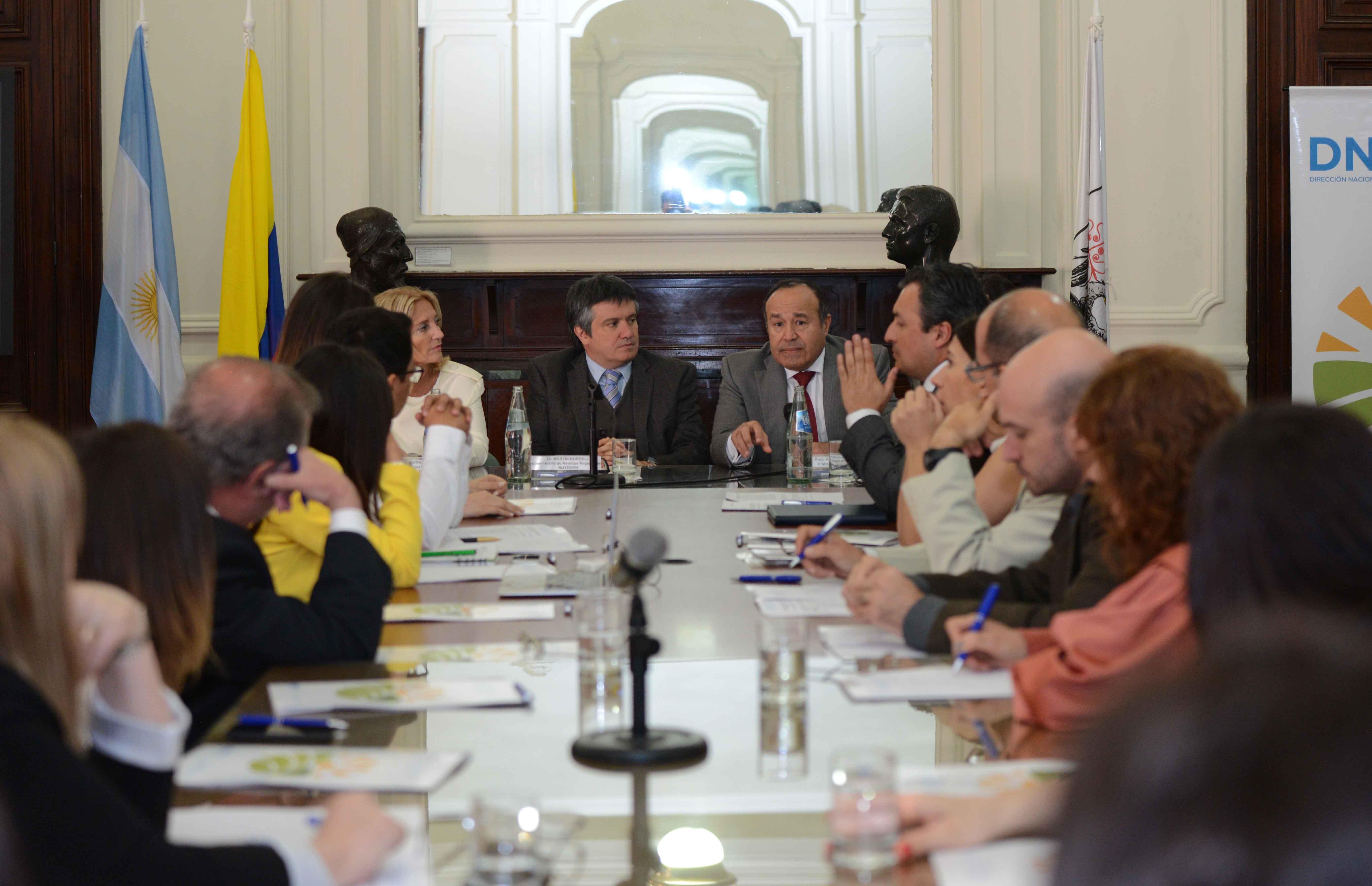 Cooperación argentino-colombiana para el desarrollo regional y la paz