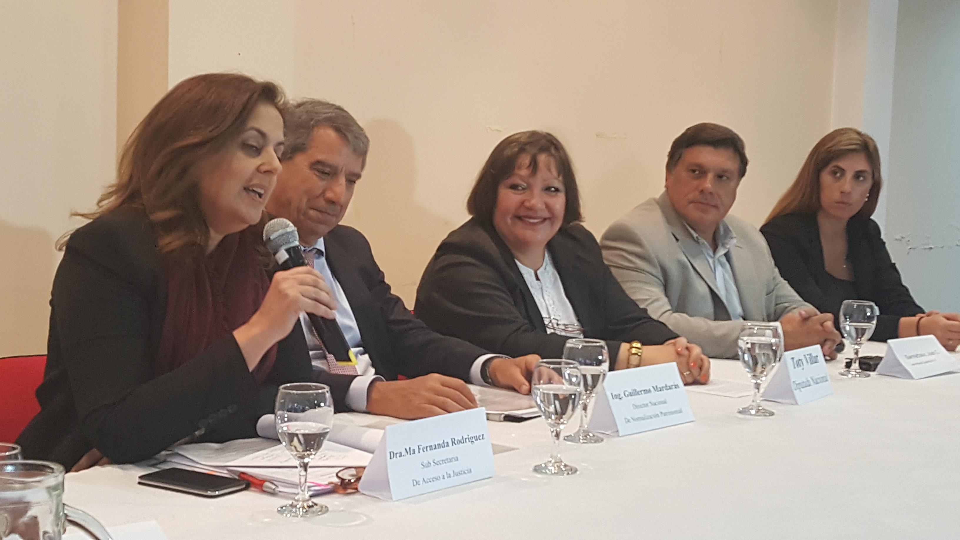 El Ministerio brindará asesoramiento en Neuquén a ex trabajadores de YPF sobre trámite indemnizatorio