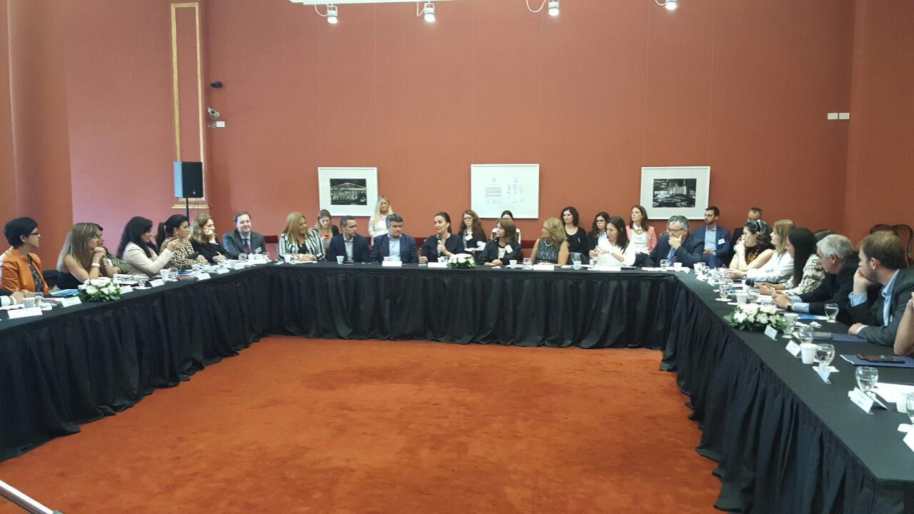 Adopción: Consejo Consultivo sesionó en Casa Rosada y celebró adhesión de Catamarca