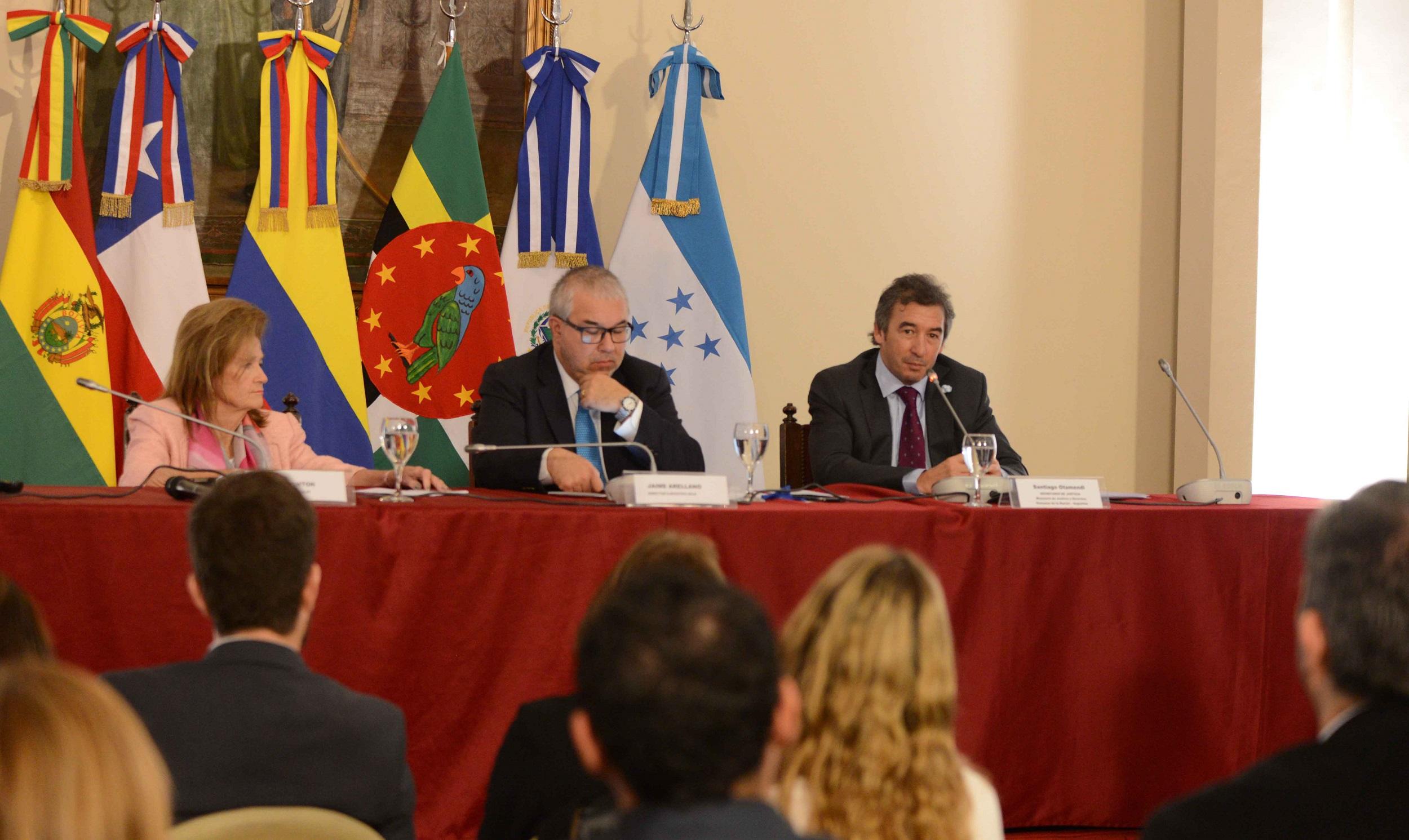 Encuentro sobre las casas de justicia en América Latina