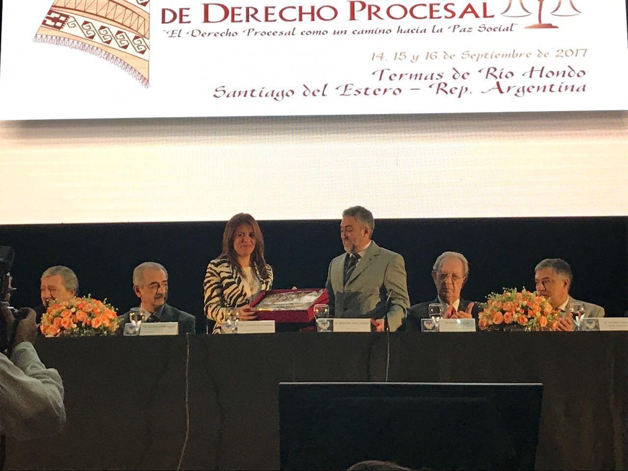"""En Santiago del Estero se presentaron """"Las Bases"""""""