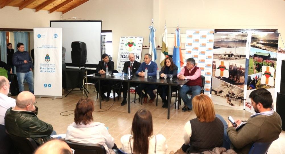 Tierra del Fuego: la Nación entrega dispositivos de vigilancia electrónica para víctimas de violencia de género