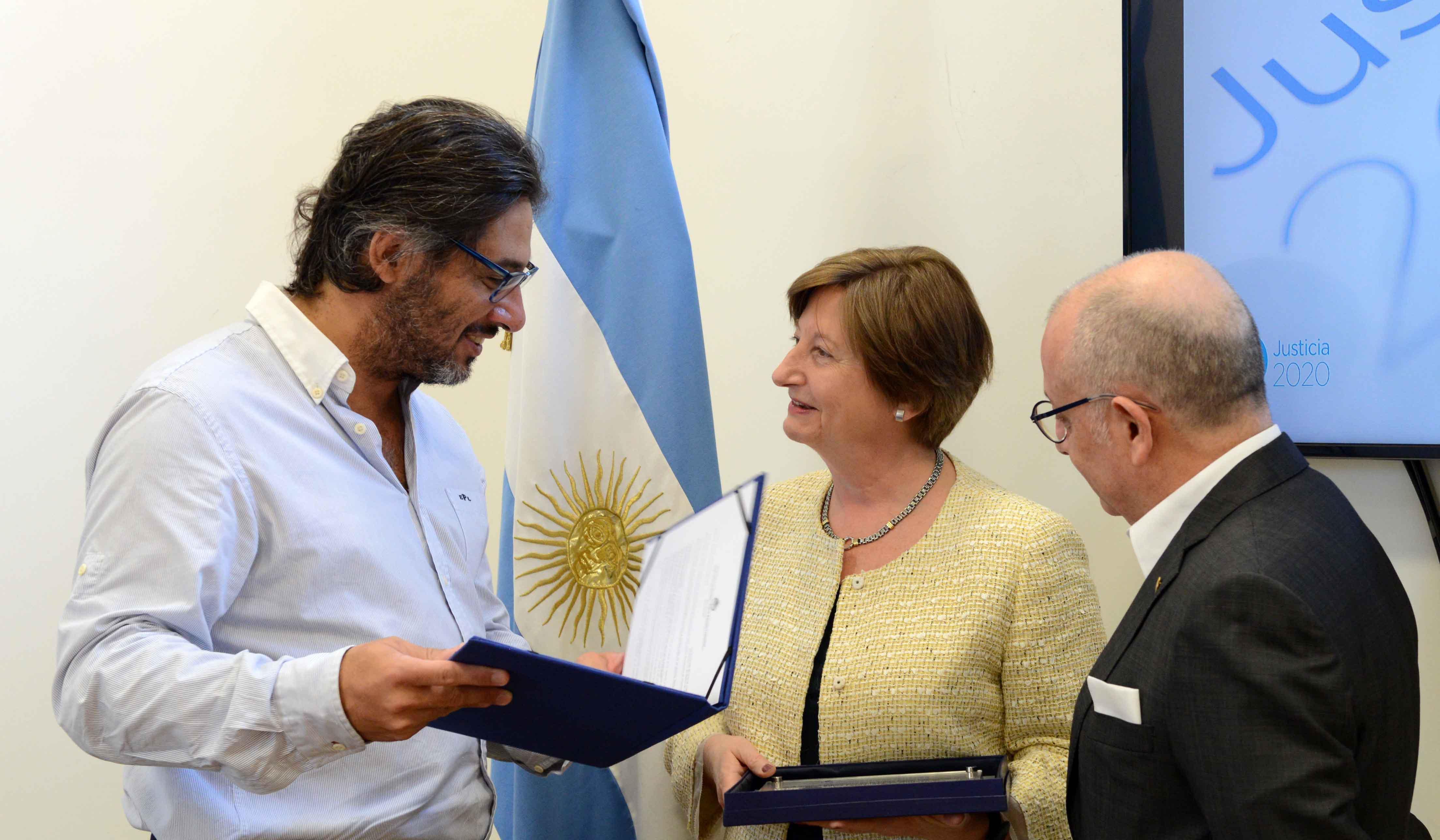 Garavano distinguió a la expresidenta de la Corte Penal Internacional