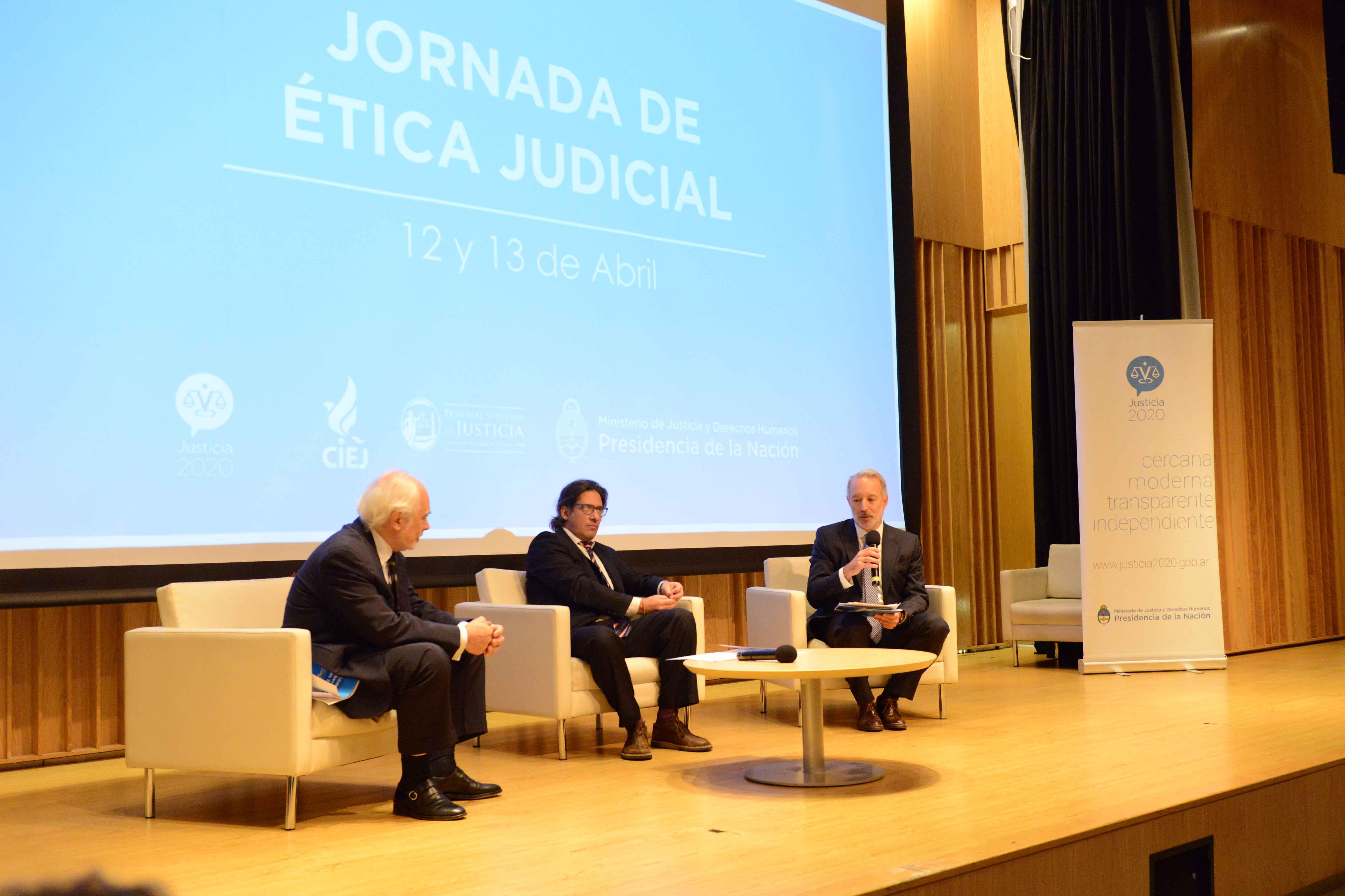 """Garavano: """"la verdadera independencia judicial está dada por la confianza que la población tiene en el sistema de justicia"""""""